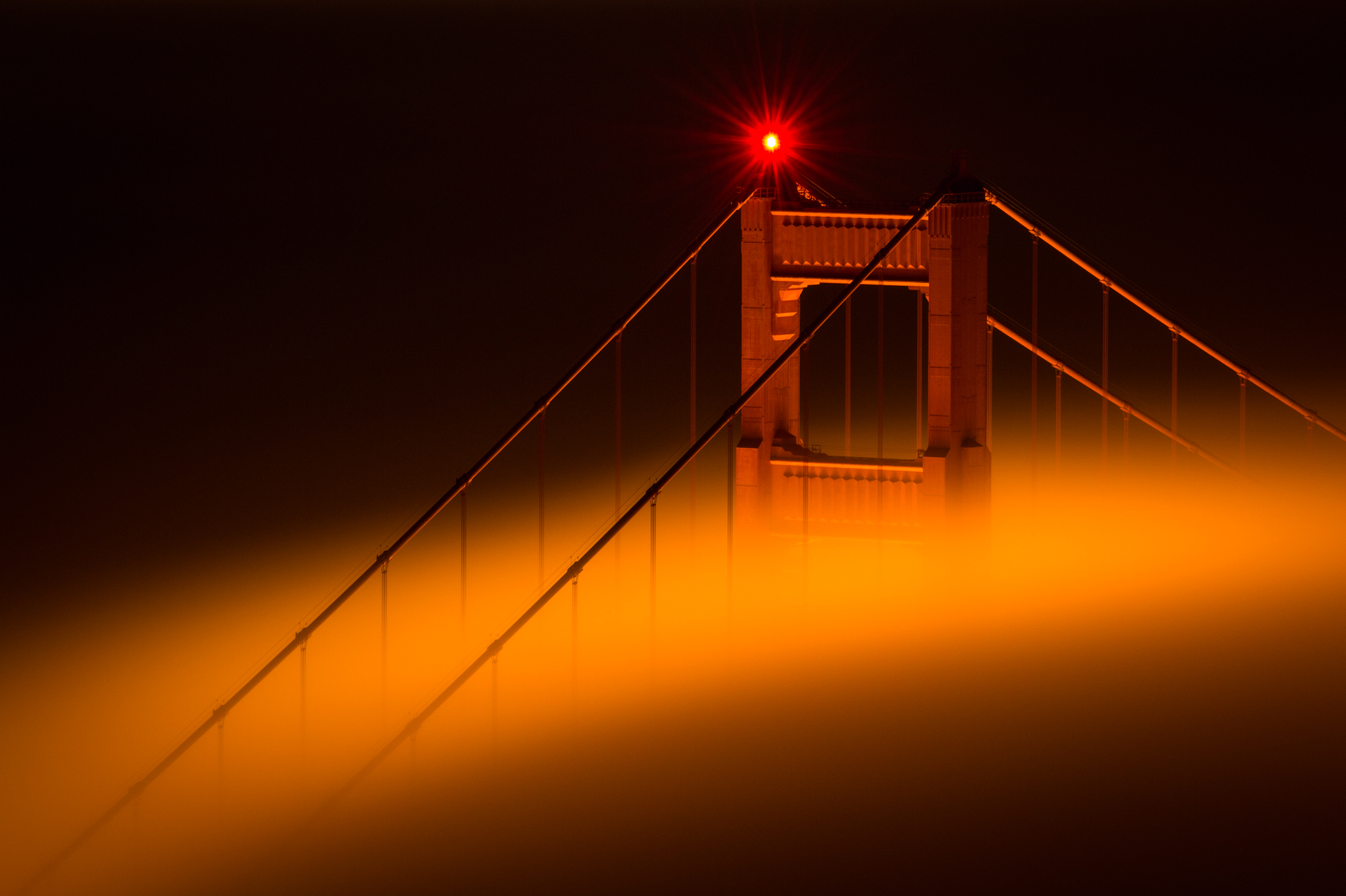Brouillard sur le Golden Gate Bridge