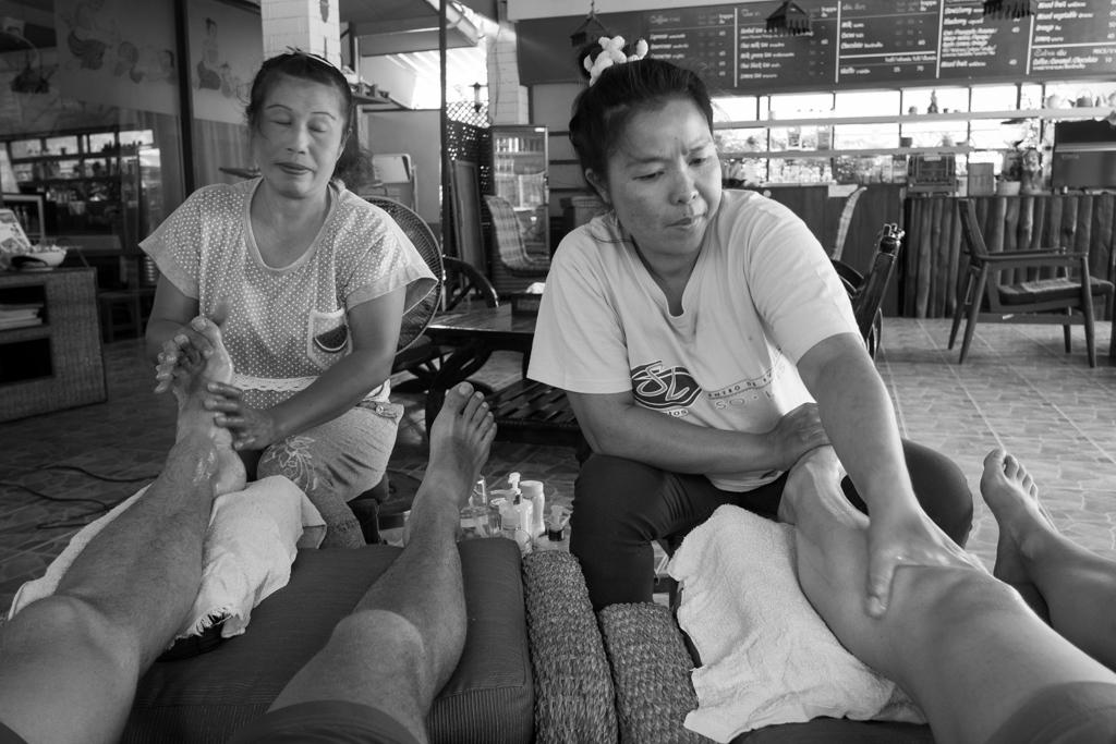 Massage des pieds à 6$ l'heure !