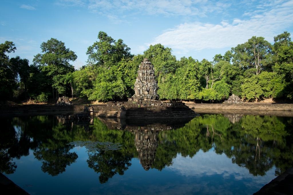 Preah Neak Poan