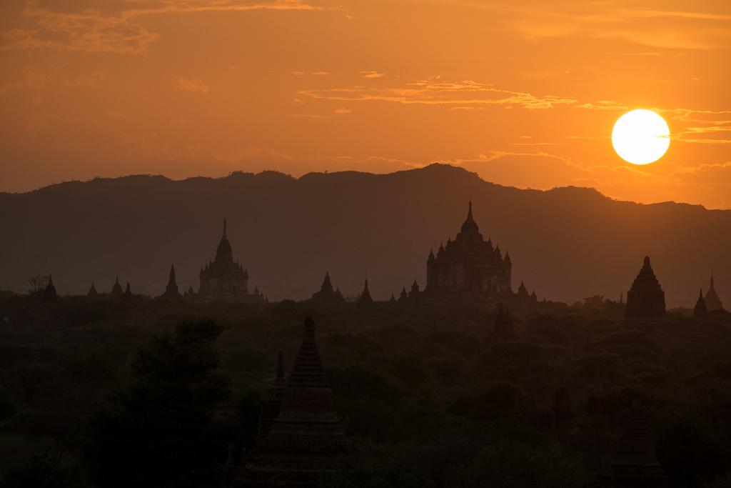 Coucher soleil Bagan