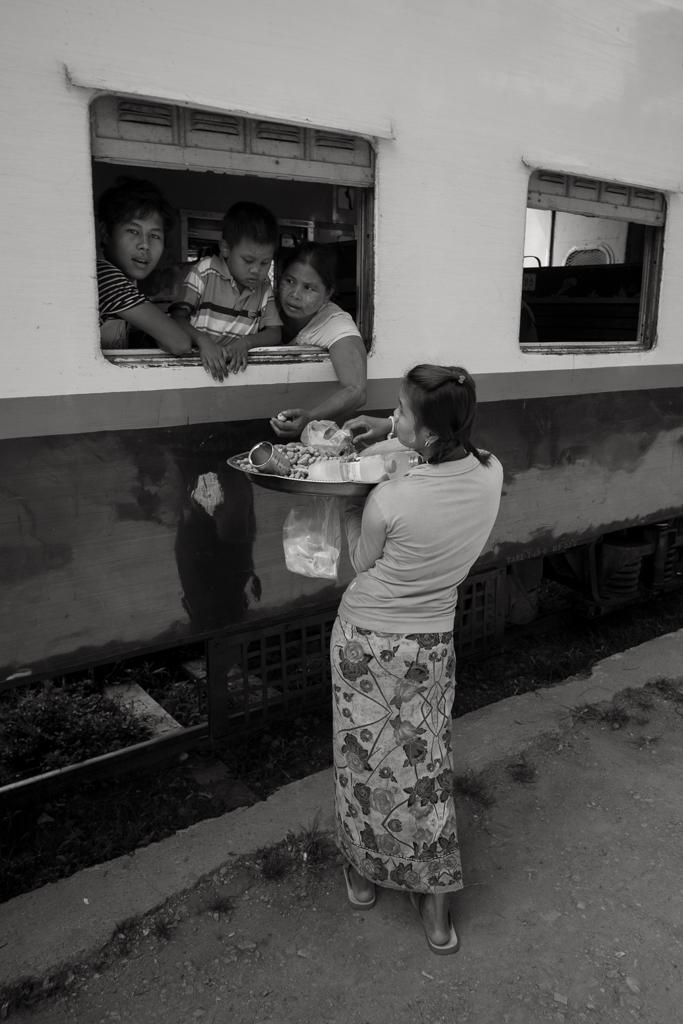 Train Hsipaw repas