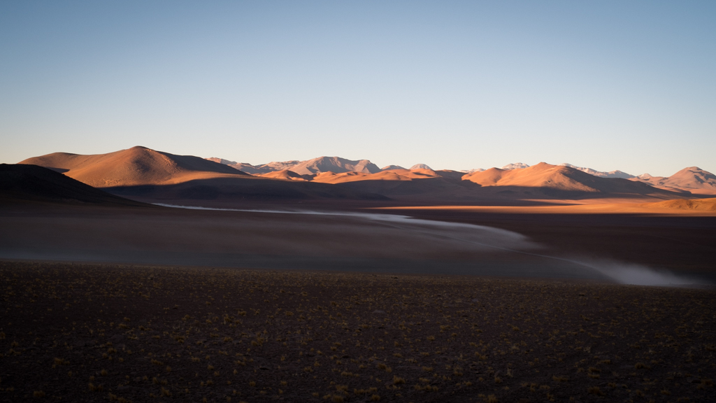 Lever soleil crevaison piste Chili
